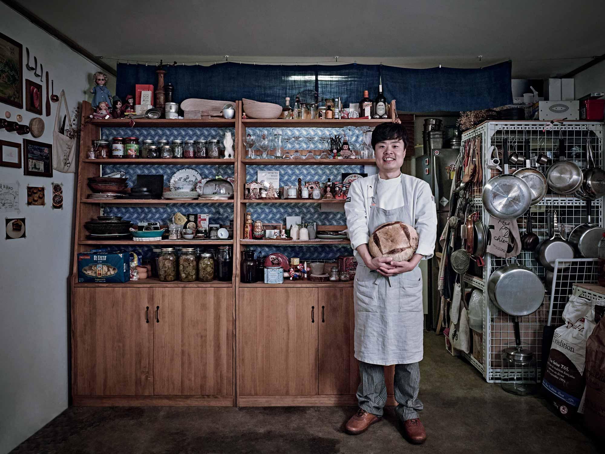 최병구 셰프는 일반인도 쉽게 따라할 수 있는 변형된 레시피로 발효종 빵 클래스를 운영하고 있다.
