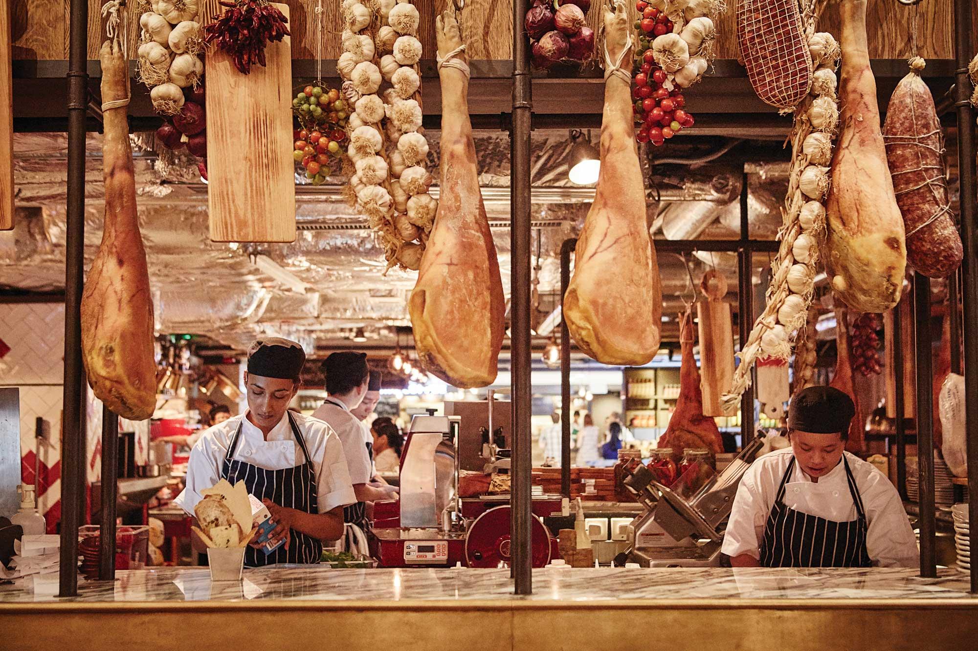 현지의 맛을 합리적인 가격으로 제이미 올리버의 음식을 맛볼수있는제이미스 이탈리안.
