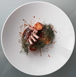 글라스 호스타리아의 양고기 요리. ©김재욱