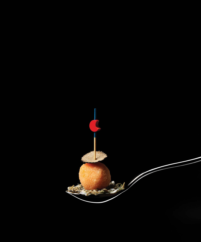 멸치와 송로버섯 © 심윤석