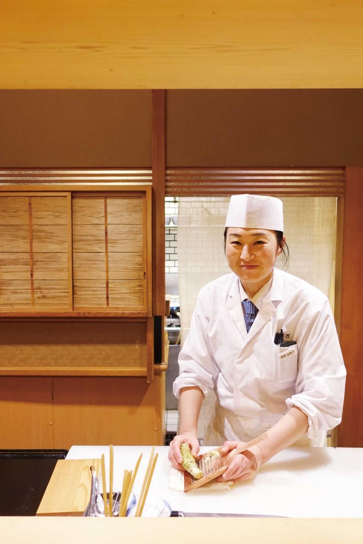 스시사카우의 여자 셰프인 오카하라상. © 문은정