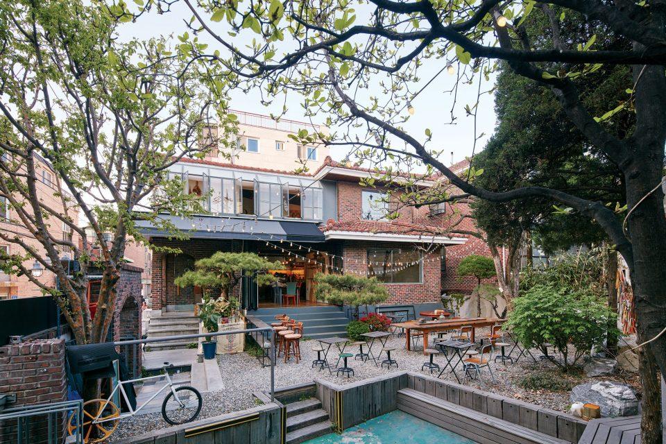 0503-cafe_terrace9-960x640.jpg