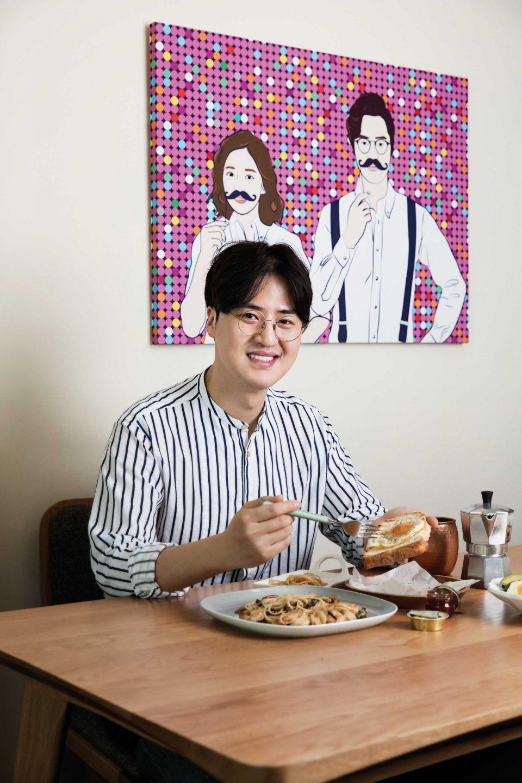 맞벌이 부부인 아내와 자신의 건강을 위해 주말엔 직접 만든 브런치를 즐겨 먹는다. © 김동오