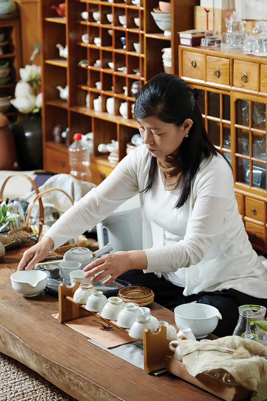 바쁜 일상 속 쉼표가 필요할 때, 명가혜에서 마신 따뜻한 차 한잔이 생각날 것만 같다. © 양우성
