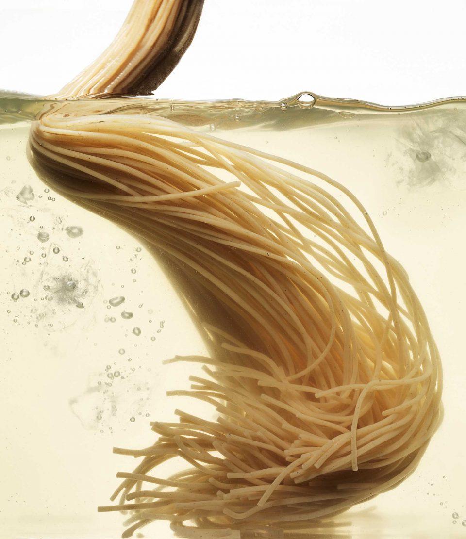 0816-noodle1-960x1111.jpg