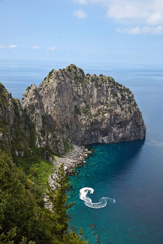 향목전망대에서 바라보는 대풍감 해안절벽은 우리나라 10대 비경 중 하나다.