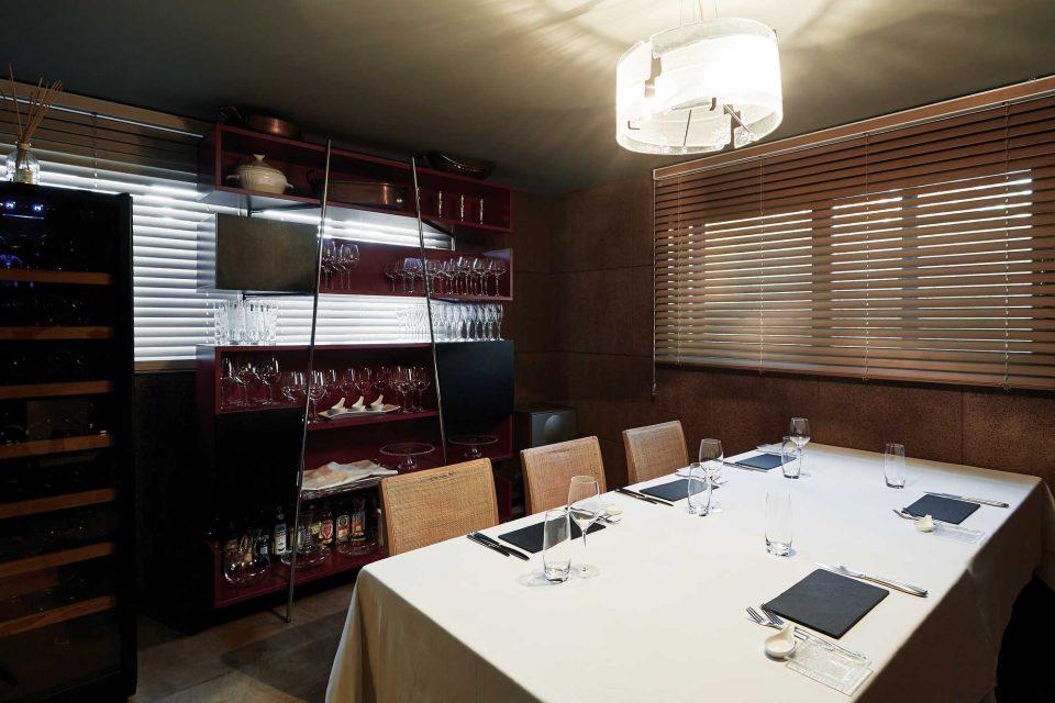 리스토란테 에오는 보다 음식의 맛에 집중하기 위해 프라이빗한 공간으로 되어 있다.