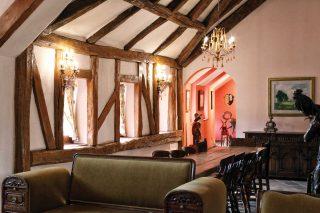 쁘띠프랑스 속 프랑스풍 가옥을 재현한 공간. 이국적이면서도 고즈넉한 분위기를 낸다.