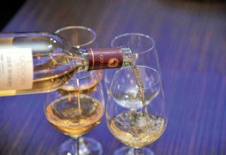고도리 와이너리에서 마신 청포도로 만든 화이트 와인.