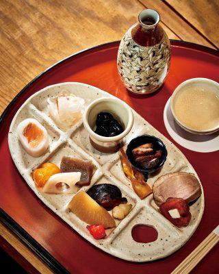 연초, 일본에서 먹는 오세치 요리에서 영감을 받아 만든 전채 메뉴.