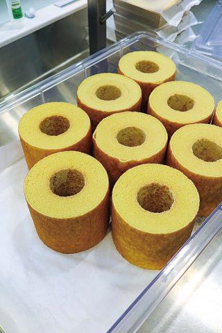 100% 천안 쌀을 사용한 정성듬뿍케이크의 케이크.