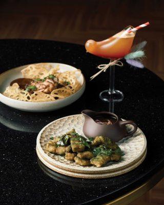 닭 다리살 구이와 리마장 탕수육, 칵테일 노라조가 시그너처 메뉴다.