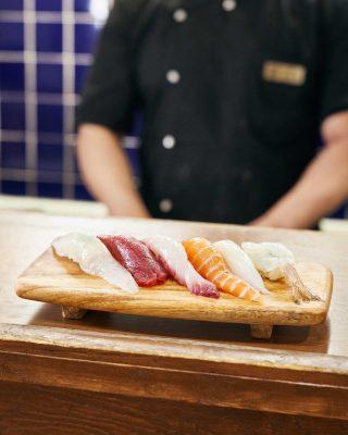 포항 효자동에 위치한 줄 서서 먹는 현지인의 맛집 가정초밥. 아주 합리적인 가격으로 즐길 수 있다.
