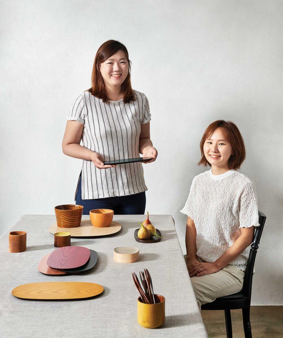 오트오트의 김아람과 김나연 작가.