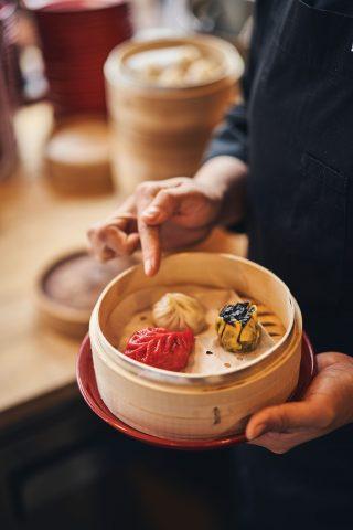 홍롱롱에서는 모든 딤섬을 맛볼 수 있도록 세트 메뉴를 고심 중이다.